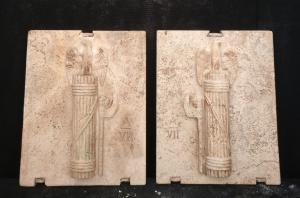 Magnifica Coppia di Fasci Littori in Travertino - Stemmi da muro - 32 x 40 cm - Roma - 1927/28