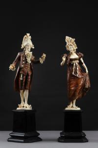 Coppia di scultura in avorio e legno del XIX sec.
