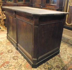tav187 walnut counter, period '800, cm l 159 xh 96 x p. 96