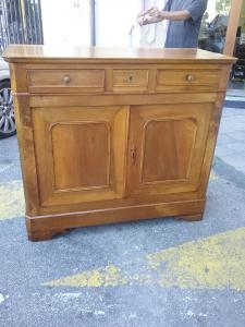 Restored walnut sideboard with 3 drawers dating back to 1800 h110xp54xl125 guarantees the legal terms