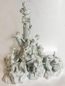 Imposante Skulpturengruppe aus Duschporzellan - um 1860