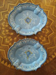 Due Vassoi Pavia Prima metà del XVIII Secolo