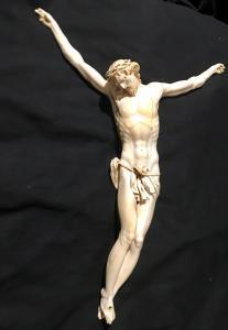 Генуэзский Христос в слоновой кости Луиджи XlV