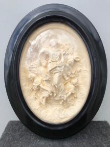 Bassorilievo in schiuma di mare ( magnesite ) raffigurante ascensione di Maria al cielo..Firma :Masson.Francia.