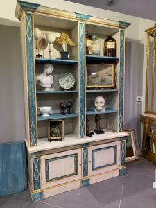 PAIR OF LACQUERED BOOKCASES