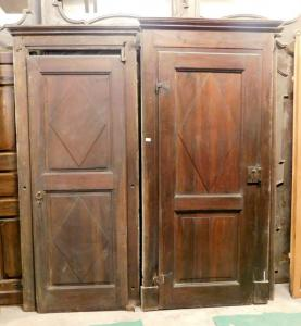 pts532 n. 2 early 19th century walnut doors in patina, mis
