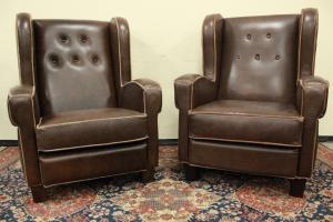 Pair of Italian Chesterfield model armchairs in brown leather