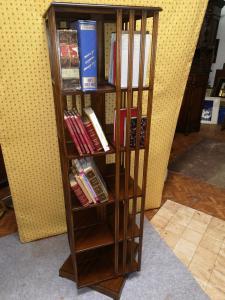 Libreria americana girevole
