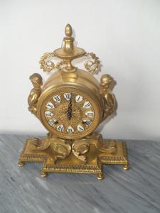 relógio de bronze
