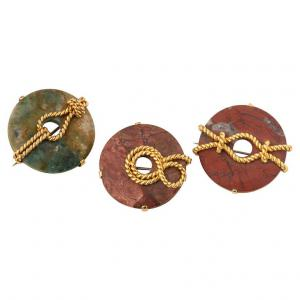Set of brooches in jasper with nautical knots in gold