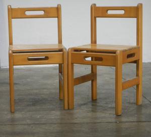 一对70年代的山毛榉椅子