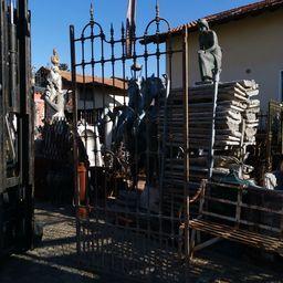 cancello in ferro chiodato