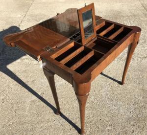 raro tavolo da gioco del 1700