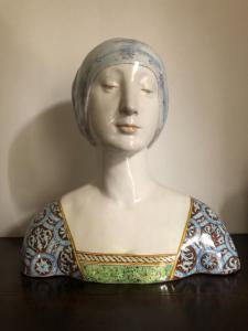 Busto in maiolica,dama rinascimentale.Manifattura Minghetti.Bologna.