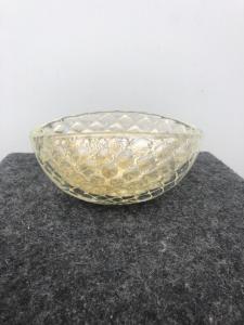 Coppa in vetro soffiato con inclusione di bolle e oro.Manifattura Barovier &Toso.
