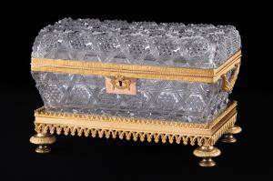 Caixa de cristal e bronze