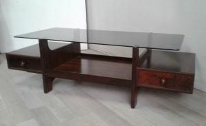 Mesa de centro de teca vintage com tampo de vidro - moderna - 1960s 70s - sala de estar - linda!