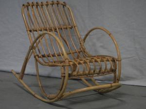 小时候的70年代柳条摇椅
