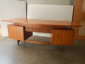 scrivania con cassetti ditta cattelan anni 50