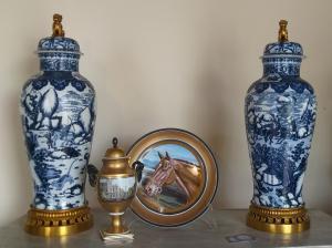 Coppia POUTIQUE porcellana e bronzo