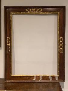 Cornice genovese del XVII secolo . Cm 101 x74