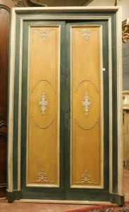 ptl485 - green and gold lacquered door, '800, mis. max cm 146 xh 240