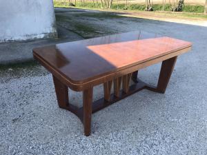 Deco tables