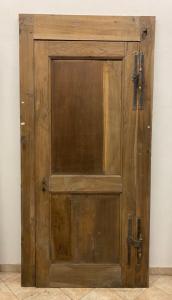 Дверь с коробкой
