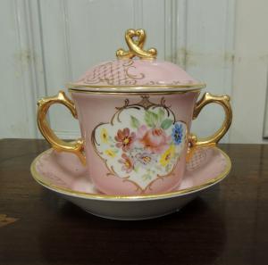 taza de caldo, porcelana de Vicenza