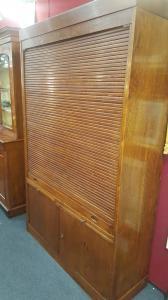 Shutter bookcase