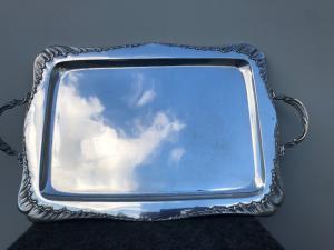 Vassoio in argento del periodo Liberty.Italia.
