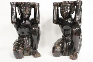 Pair of Moors carved in wood of the late 1800s