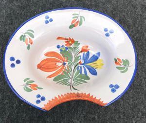 有花卉装饰的卵形刮板材法国。