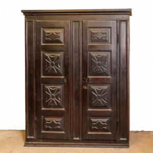Пьемонтский барочный шкаф в грецком орехе, Пьемонтский барочный шкаф в грецком орехе