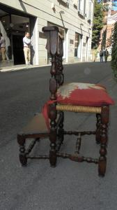 cadeira ajoelhada