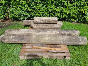 Quattro colonne in pietra arenaria