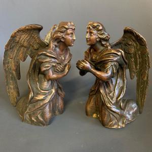 一对成对的青铜天使-十九世纪
