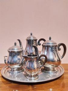 Serviço de chá ou café em chapa de prata do período Art Deco na França