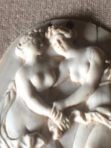 Kleines Basrelief aus neoklassischem Elfenbein