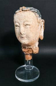 Scultura in stucco di Buddha, Bodhisattva. Cina, Tarda dinastia Ming o precedente