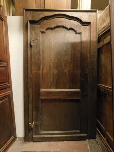 pti636 - porta in noce con telaio, XVIII secolo, cm l. 137 x h 247