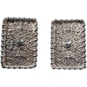 Coppia antichi vassoi per posta in argento