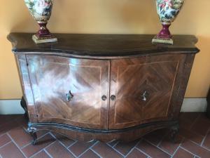 Credenza Con Vetrina Fine 800 : Credenze antiche del mobili antichi