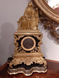 Orologio Carlo x in bronzo dorato