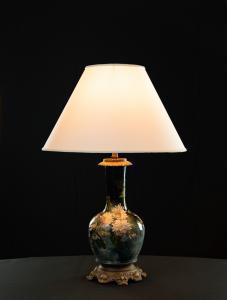 Lampada in ceramica dipinta