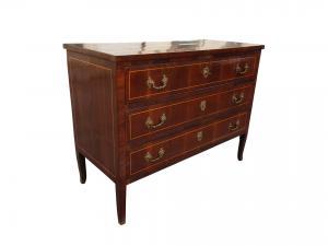 Epoch dresser 700 Antique furniture
