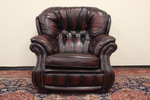 Poltrona Chesterfield bergere originale inglese in pelle bordeaux scuro
