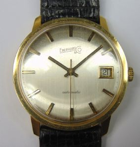 Wristwatch gold Eberhard Automatic with date. 1975. With box and papers