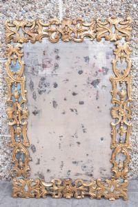 Specchiera veneziana dorata ed intagliata del '700