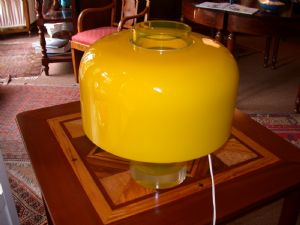 Lamp in yellow glass